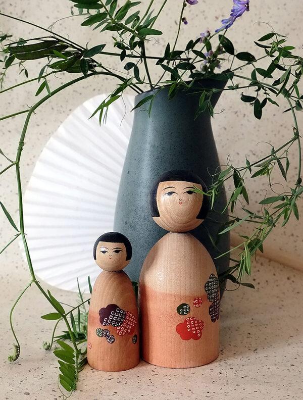Creative kokeshi doll set